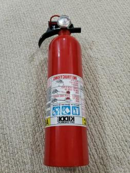 466142 dry chemical fire extinguisher